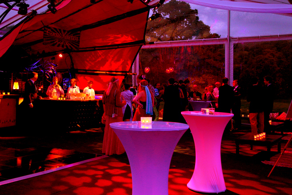 Red bar and pink poseur tables